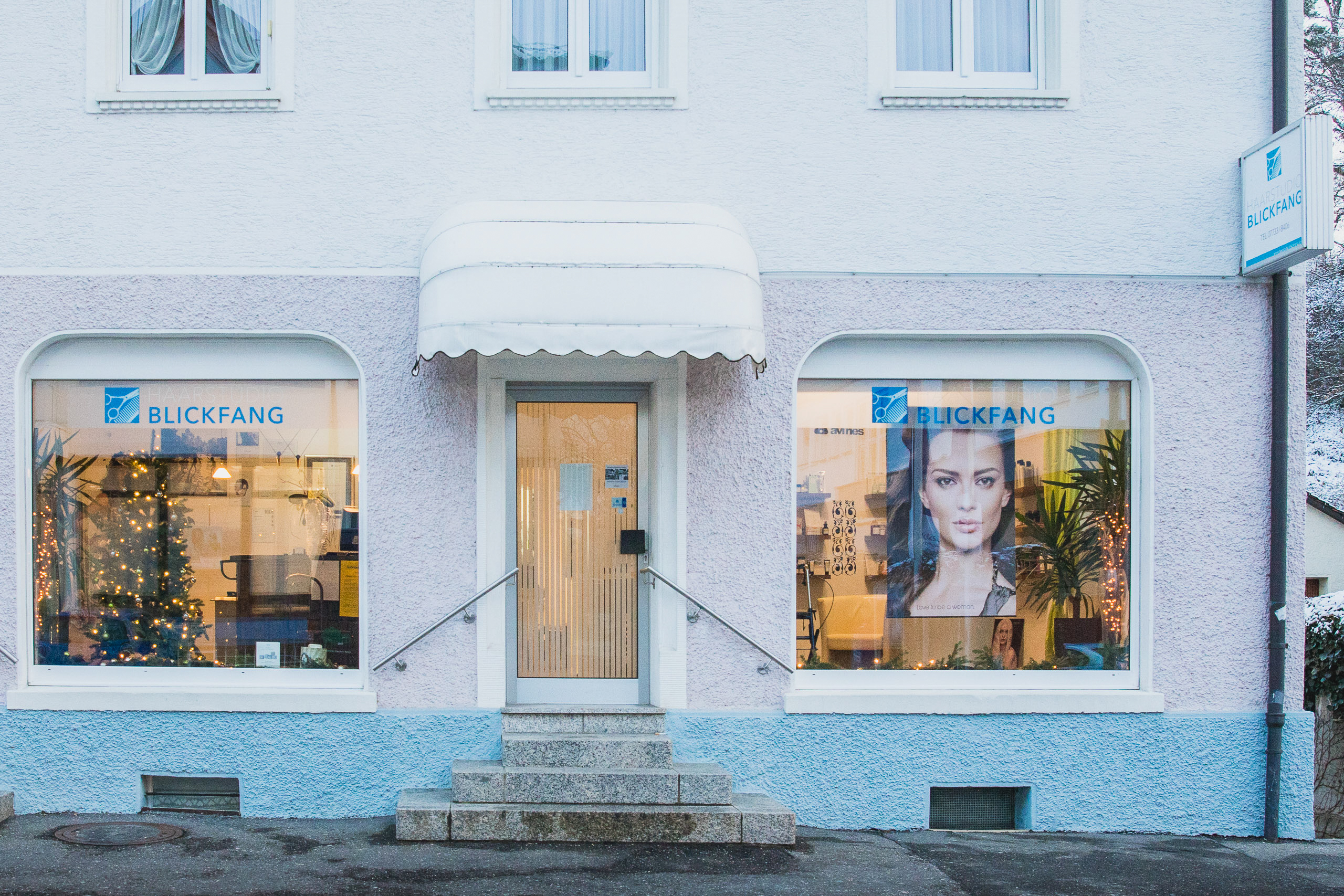 Haarstudio Blickfang Außenansicht
